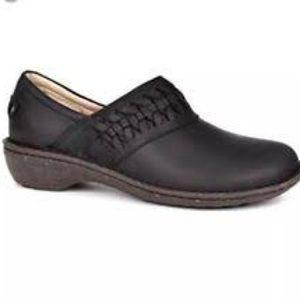 UGG Australia Anila Black leather Clogs